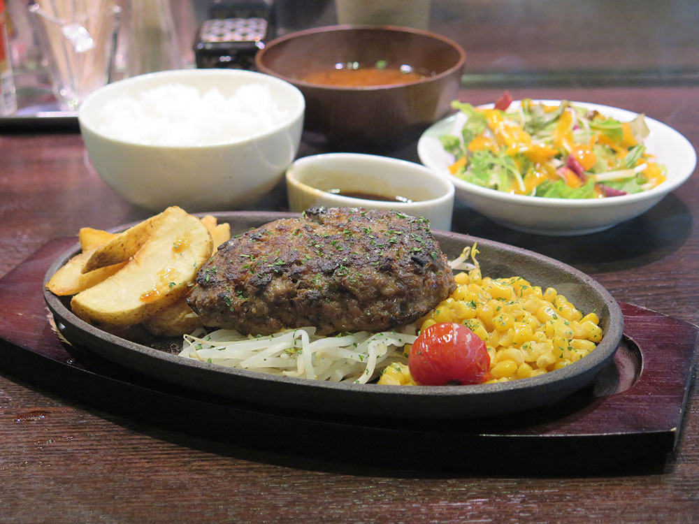 Beef100%粗挽き源'sハンバーグ照り焼きバターソース