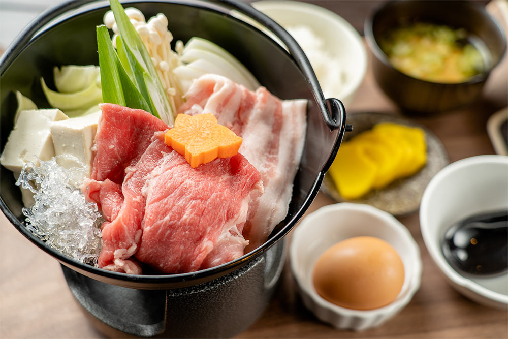 牛豚すき焼き定食